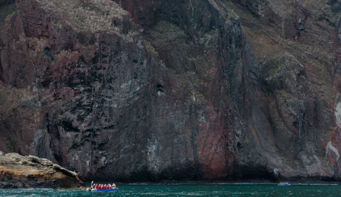 Vicente Roca Point in Isabella Island, tourist on panga ride