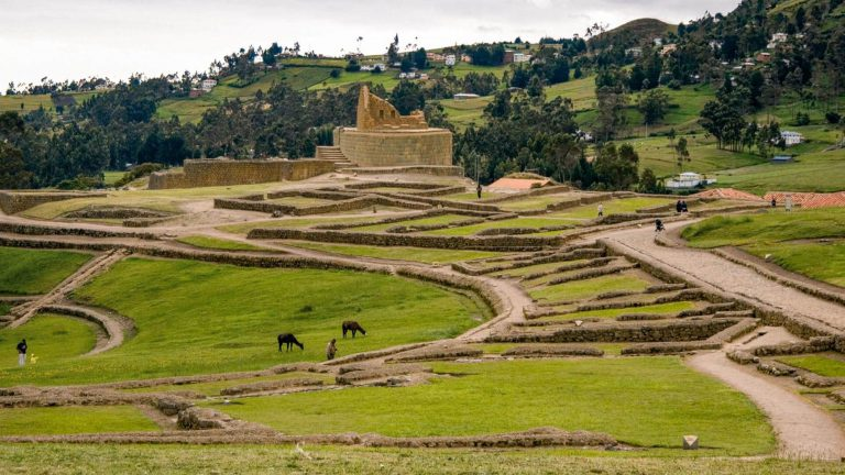 Cuenca, its Traditions & Ruins