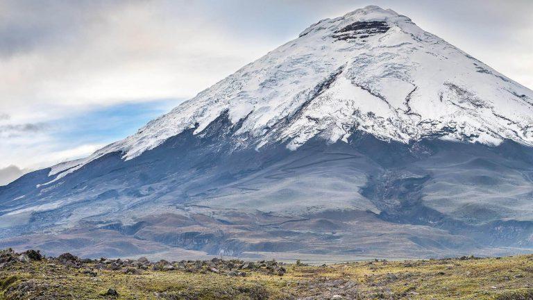 Pathway through The Andes & Baños