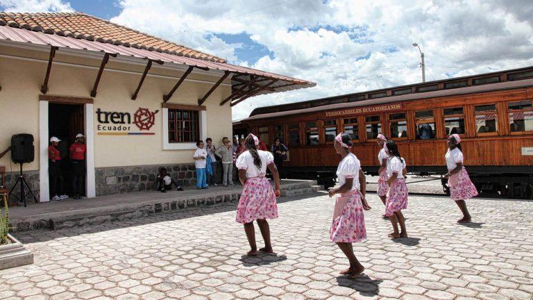 "Northern Andes, Otavalo, ""Chaski Route"" & Train"