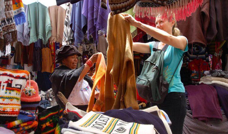 GO 3: Galapagos Cruise, Quito, Otavalo & Chaski Route